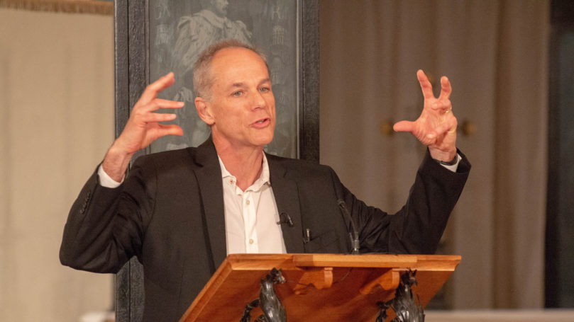 Marcelo Gleiser lecture in Portuguese